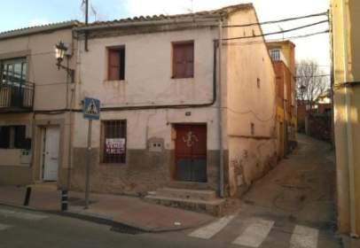 Casa en calle de la Fuente, cerca de Calle de la Salud