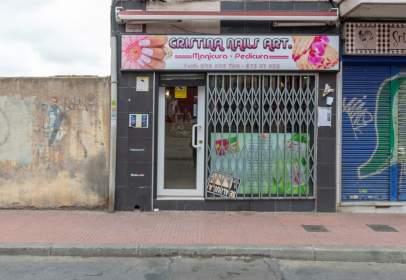 Local comercial a calle Ferraz