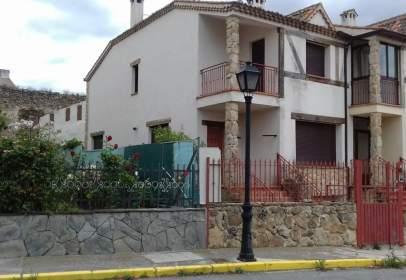 Casa en calle Alamos