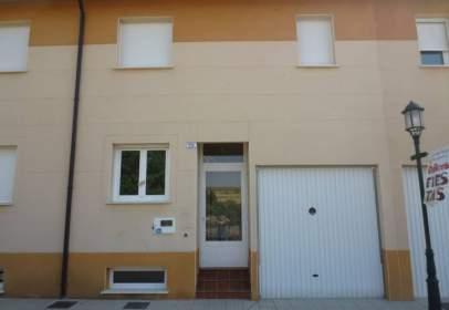 Casa a calle Mansilla,  Arroyal