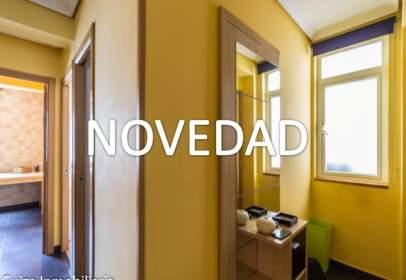 Apartament a calle de Losada Diéguez