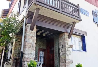 Casa unifamiliar en Zubiaurre Pasealekua, 46, cerca de Calle de los Luises