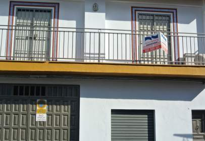Terraced house in Avd Andalucia