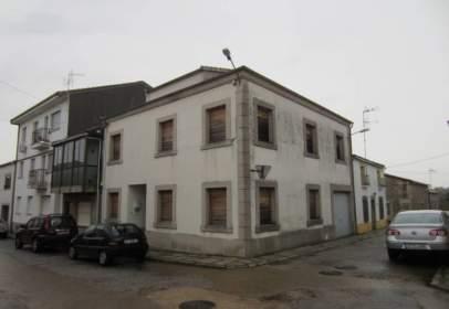 Casa en calle de la Larga
