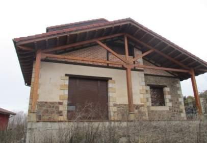 Casa en calle Prados Valle Reza