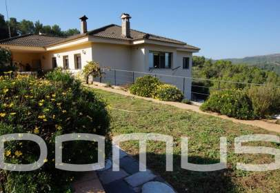 Rural Property in calle Can Biscarri