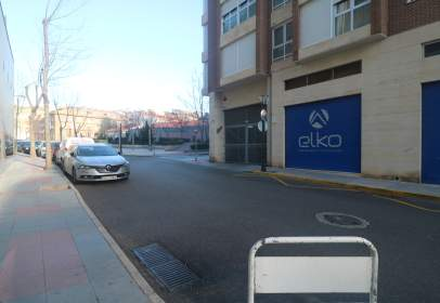 Garaje en calle Pz.  de Toros, nº 8B