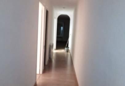 Flat in calle Arquitecte Puig I Cadafalch
