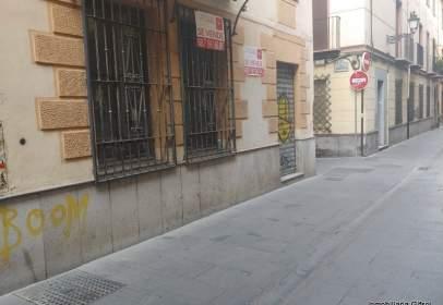 Commercial space in calle de Verónica de la Magdalena