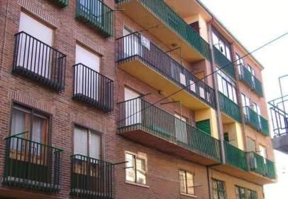 Flat in calle del General Franco, near Calle del Chinarrero