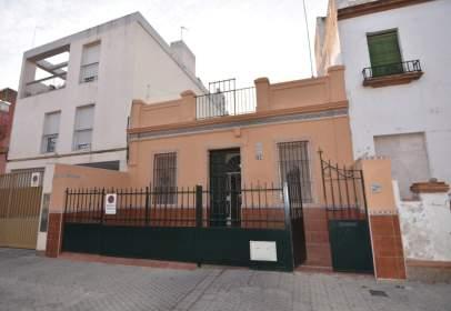 Casa en calle Beatriz de Suabia, nº 134