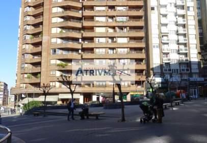 Piso en Edificio Monjardin-Centro
