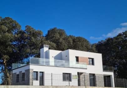 Single-family house in calle La Arquera, nº 5