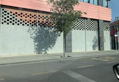 Commercial space in calle de Nelson Mandela, 10
