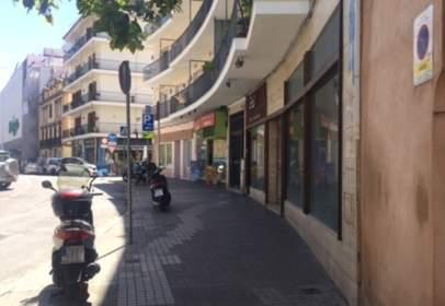 Local comercial en calle Virgen de los Buenos Libros