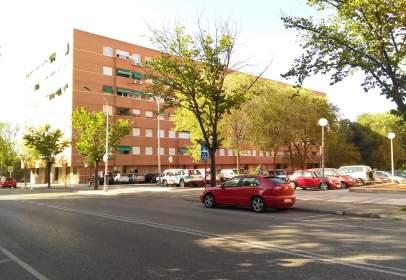 Garatge a Avenida de Pedro Sanz Vázquez, 10