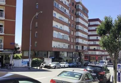 Piso en Avenida de Camilo Alonso Vega