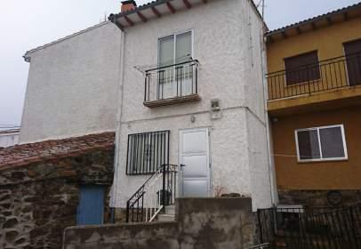 Casa adosada en calle Abajo, 22, cerca de Calle de Arriba