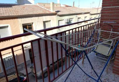 Flat in calle Ramon y Cajal