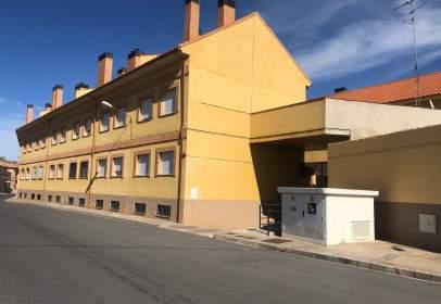 Casa adosada en calle Ramon y Cajal, nº 33