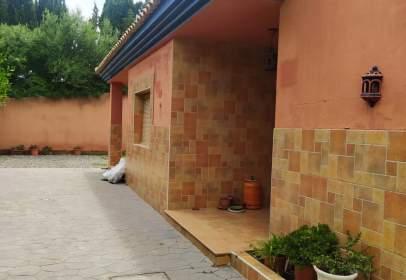Casa pareada en calle Alboran