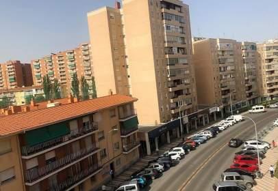 Flat in Avenida Castilla