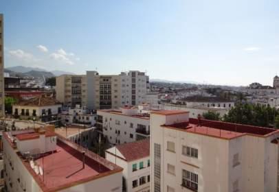 Apartamento en Avenida Ricardo Soriano, nº 12