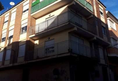 Piso en calle de Menéndez Pelayo, cerca de Calle de la Asunción