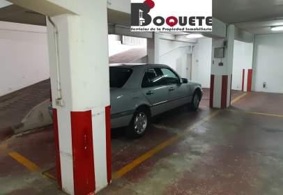 Garatge a calle Rafael Dieste