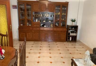 Casa a calle Alfonso Guzman