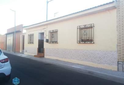 Casa unifamiliar a calle del Río Tajo