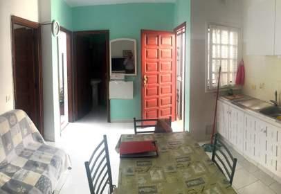 Apartamento en Avenida de José Antonio Tavio, nº 19