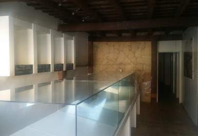 Local comercial a Plaza Francesc Macia