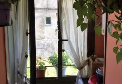 Apartament a calle Gregorio Uzquiano