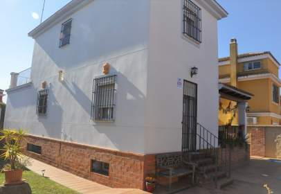 Chalet in calle Pablo Iglesias