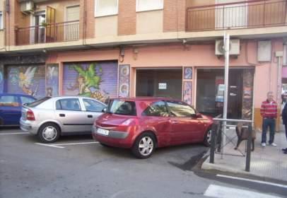 Local comercial a calle Primer de Maig, nº 27