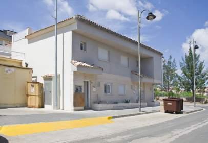 Casa adossada a Avenida Aleixandre VI, 34