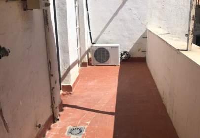 Ático en calle de Martínez Molina, cerca de Calle de las Herrerías