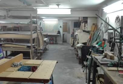 Local comercial en calle de Pinar del Rey, nº 16