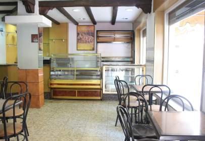 Local comercial en Glorieta de los Cisneros, nº 3