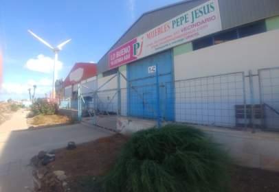 Nau comercial a calle Las Acacias