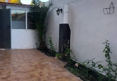 Flat in calle Manuel Candau, nº 8