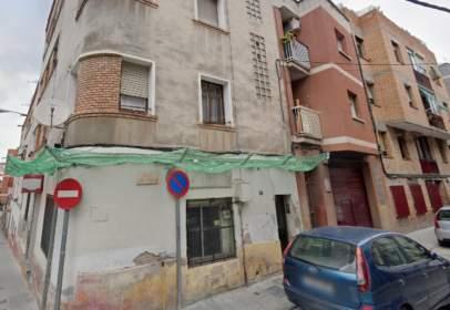 Local comercial a calle Joan Escalas