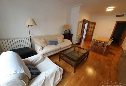 Flat in calle Mayor, near Calle Gaona
