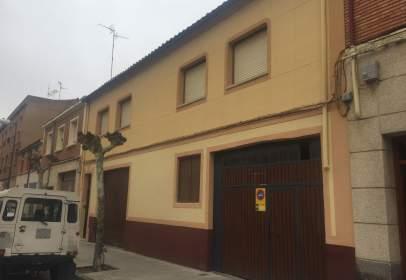 Casa en calle de Trastámara