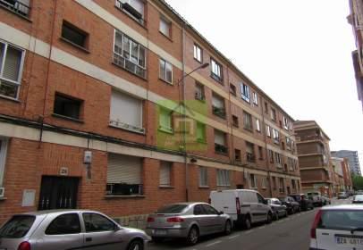 Flat in calle de Francisco Pizarro