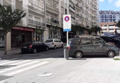 Local comercial a calle de Juan de la Cosa, nº 7