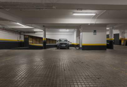 Garaje en calle de Carlos Maurrás