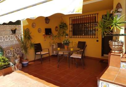 Single-family house in Pinar Alto-Crevillet-Menesteo