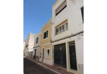 House in calle San Carlos